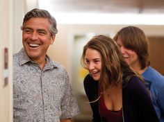 Director Alexander Payne takes us behind the scenes of his new tragicomedy starring George Clooney. The Descendants Movie, Shailene Woodley, Important People, Soul Sisters, George Clooney, On Set, Movie Stars, Behind The Scenes, Movie Tv