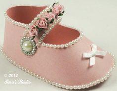 Pink Baby Girl Shoe  www.tarascraftstudio.com