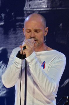 Gord Downie - The Tragically Hip love him and was in a quirky Canadian movie 1 week was really good in it Music Is My Escape, Music Love, My Music, I Am Canadian, Hey Man, Bruce Springsteen, Canada, Motown, My Favorite Music
