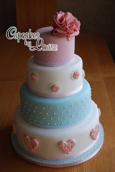 'summer love' shabby chic wedding cake by bakerlou1, via Flickr