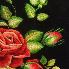 Egzamin czeladniczy czas start!!!#egzamin#embroidery#embroidered#embroideryart#haft#róże#rose#flowers#handmade#handembroidery#handwork#work#lovemyjob#haftartystyczny#rękodzieło#ręcznie#mulina#dmc#pąki#artworksfever#artworks#haft#haftowane#