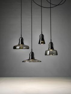 Aangeboden combinatie:  Glas: smoke grey, Canopy: zwart getint eiken, Kabel: zwart. 260,-/315,- p/s