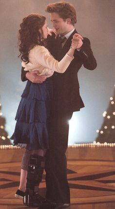 Edward and Bella, prom night <3