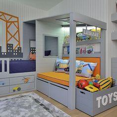 Günaydın ☀️ Mehmet'in yeni odasını zevkle çalıştık #goodmorning #crocodily #kidsarchitect #kidsbed #love #crane #kidsdesign #tasarim #cocukmobilyasi #kidsfurniture #cocukodasi #design #vehicles #boysroom