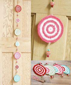 Chloe crochet bunting. Beautiful crochet circle garland. Handmade home / party decor. Wedding, bedroom, nursery decoration. 3 colour options