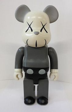 Kaws Grey Mono Companion 400% Bearbrick 2002