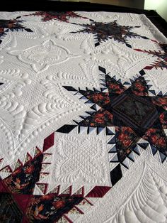 Close-up, A Truly Feathered Star by Karen Sievert, photo by Quilt Inspiration