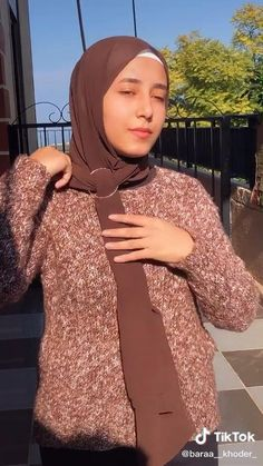 Modern Hijab Fashion, Hijab Fashion Inspiration, Islamic Fashion, Muslim Fashion, Mode Inspiration, Street Hijab Fashion, Fashion Outfits, Hijab Turban Style, Mode Turban