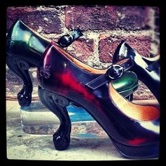 Cute Fluevogs! So clever with their heels. Might have to head to the store tomorrow.