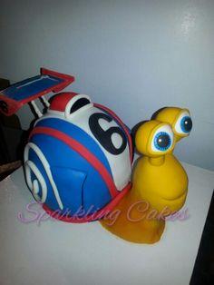 Turbo 3D Cake! Fondant, Shaped Cake Pans, Realistic Cakes, Movie Cakes, Cake Shapes, Happy Birthday Fun, Character Cakes, 3d Cakes, Novelty Cakes