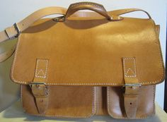 Lovely vintage unisex tan leather schoolbag