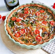 Vegetarian Quiche, Veggie Quiche, I Love Food, Good Food, Yummy Food, Healthy Diners, Bruchetta Recipe, Vegas, Pesto