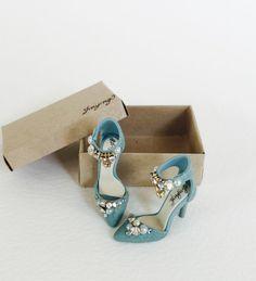 Zapatos miniatura hecho a mano