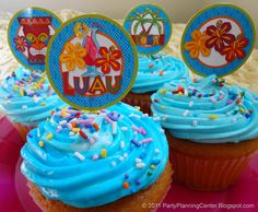 Free printable Hawaiian luau cupcake picks toppers from PartyPlanningCenter.Blogspot.com