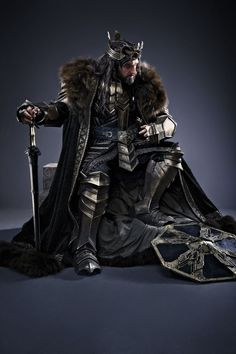 "Galadriel, Elrond, Thranduil and Thorin in The Hobbit: The Battle of Five Armies "" Hobbit Tolkien, O Hobbit, Lotr, Hobbit Land, Thorin Oakenshield, Gandalf, Legolas, Lord Of Rings, Fili Und Kili"