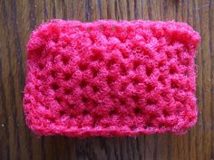 I bought some red netting the other day to try making a different crocheted pot scrubber. I was talking to a friend of mine about a scrubbe. Crochet Dish Scrubber, Scrubbies Crochet Pattern, Crochet Dishcloths, Crochet Patterns, Crochet Kitchen, Crochet Home, Crochet Gifts, Diy Crochet, Crochet Ideas