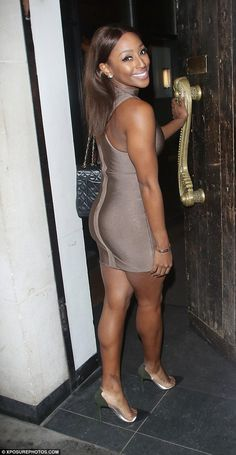 Flaunting her figure: Alexandra Burke, showcased her new and improved slender physique when she stepped out with a mystery man on Sunday night Jennifer Love Hewitt Bikini, Alexandra Burke, Pop Rock, New Shape, Milan Fashion, Beautiful Actresses, Short Skirts, Physique, Cool Girl