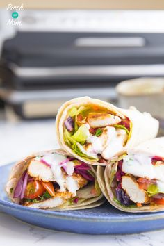 Like a chicken kebab? You will love this Slimming World Syn Free Chicken Shawarma. It's ridiculously quick & easy to make - the ultimate fakeaway. Slimming World Lunch Ideas, Slimming World Dinners, Slimming World Recipes Syn Free, Slimming Eats, Slimming Word, Skinny Recipes, Healthy Recipes, Healthy Food, Healthy Eating
