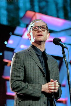 larygo:  Martin Freeman onstage as a presenter at BBC Radio 2 Folk Awards, London, 04/27/16 (x)
