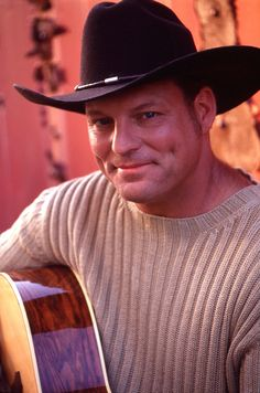 John Michael Montgomery is an American country singer who first rose to fame in the early with his album, Life's a Dance. 90s Country Music, Country Music Artists, Country Men, Country Songs, Country Videos, American Country, John Michael Montgomery, Trinidad James, Hey Good Lookin