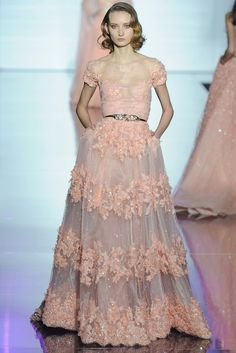 Zuhair Murad Spring 2015 Couture collection, runway looks, beauty, models, and reviews.