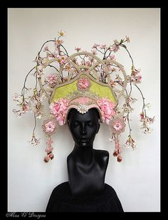 MADE TO ORDER  Asian Flower Headdress par MissGDesignsShop sur Etsy, $425.00