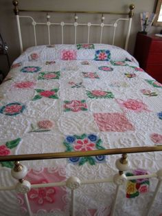 Queen Patchwork Chenille Quilt with Flowers