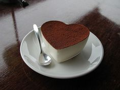 I want this NOW. Not sure if it's hot chocolate or just a coffee drink with chocolate on top, but...yum!