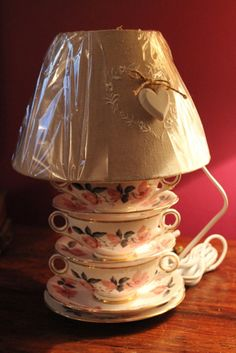 Stunning vintage fine china table lamp with by Prettyvintagehouse pinned by Pin4etsy.com