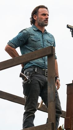 Rick Grimes - Andrew Lincoln The Walking Dead. Walking Dead Show, Walking Dead Memes, Fear The Walking Dead, Andrew Lincoln, Rick Grimes, Chandler Riggs, Norman Reedus, Zombies, Best Tv Series Ever