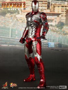 Iron Man 2: Mark V: Suitcase Suit | Sixth Scale Figure | Hot Toys | JCG