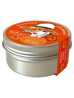 Crema universala cu galbenele - 50 ml - Vaselina cosmetica imbogatita cu extract de galbenele. Reface elasticitatea si fermitatea pielii. Stimuleaza refacerea celulara. Masajul cu vaselina cu galbenele este elixir si rasfat pentru pielea crapata. Poate fi utilizata ca balsam de buze, crema de fata sau crema de maini. Se aplica pe pielea curata si se maseaza delicat. Vaseline, Garden Pots, Coffee Cans, Canning, Drinks, Drinking, Garden Planters, Beverages, Petroleum Jelly