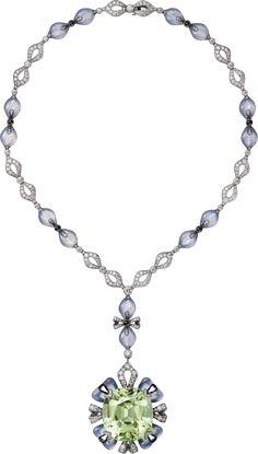 CARTIER. Necklace - platinum, one 80.82-carat cushion-shaped green tourmaline, chalcedonies, onyx, black lacquer, brilliant-cut diamonds. #Cartier #ÉtourdissantCartier #2015 #HauteJoaillerie #HighJewellery #FineJewelry #Tourmaline #Chalcedony #Onyx #Diamond