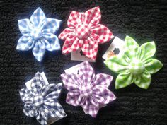 School colour floral kanzashi croc clips. Hand sewn. Can be made up in any school uniform colour - message for details