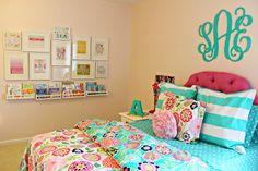 carolina on my mind: Big Girl Bedroom: Gallery Wall
