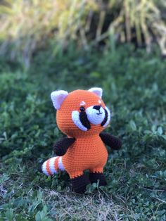 Rudy red panda amigurumi pattern by Sundot Attack