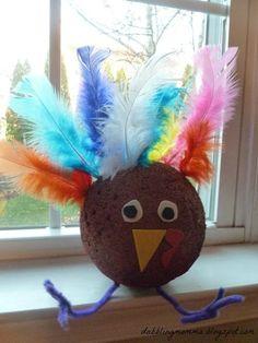 Dabblingmomma: Styrofoam Turkey Craft