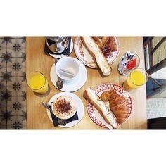 Bonjour ☕️👌🏼Parisian Breakfast.  . #tasteofparis #sundayvibes #breakfastfirst #paris