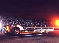 Hank Westmoreland in the Allen family's Praying Mantis at OCIR under the lights.please transport me back to this time right now! Nhra Drag Racing, Auto Racing, Top Fuel Dragster, Old Race Cars, Vintage Race Car, Pontiac Gto, Drag Cars, Ol Days, Vintage Humor