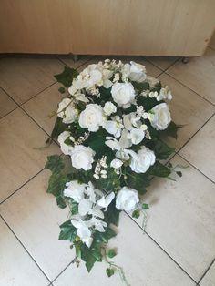 Funeral Flowers, Floral Wreath, Wreaths, Plants, Home Decor, Wedding Table Centres, Floral Crown, Decoration Home, Door Wreaths