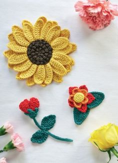 Crochet Flowers and Sunflower - free crochet patterns by Helen Free. Free registration required at Let's Knit.