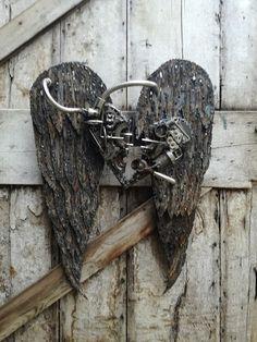 Coeur ailé : sculpture métal créée par MIchel Flock France