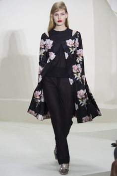 Christian Dior Spring 2014 Couture - Runway Photos - Fashion Week - Runway, Fashion Shows and Collections - Vogue Dior Haute Couture, Couture Week, Spring Couture, Style Couture, Christian Dior Vintage, Christian Dior Couture, Fashion Week, Runway Fashion, Spring Fashion