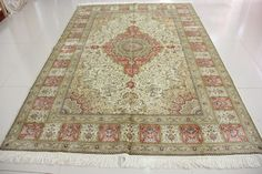 hand knotted 6x9 foot silk carpet,Double knots 400 knots per square inches  ||  harry@yilongcarpet.com