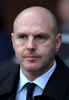 Steve Kean Photos Photos - Blackburn Rovers Manager Steve Kean looks on prior to the Barclays Premier League match between Blackburn Rovers and West Bromwich Albion at Ewood Park on January 23, 2011 in Blackburn, England. - Blackburn Rovers v West Bromwich Albion - Premier League