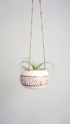 Small Hanging Planter Speckled White Perfect for air plants or succulents This listing is for a hanging planter Hand made and wheel thrown stoneware It has a loop at top. Succulent Hanging Planter, Hanging Planters, Garden Planters, Hand Planters, Air Plants, Potted Plants, Pots D'argile, Plant Pots, Mini Vasos