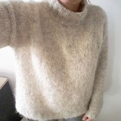 free knitting for beginners Sweater Knitting Patterns, Lace Knitting, Simple Knitting, Crochet Slippers, Knit Crochet, Crochet Scarves, Lace Scarf, Wool Scarf, Vest Pattern