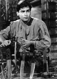 Shammi Kapoor, Vintage Bollywood, Indian Movies, Indian Celebrities, Bollywood Stars, Pictures Of You, Movie Stars, Crushes, Icons