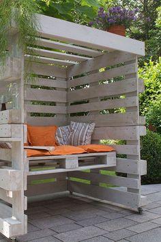 Pallet Furniture Designs, Pallet Patio Furniture, Wooden Pallet Projects, Outdoor Garden Furniture, Diy Furniture, Outdoor Decor, Diy Terrasse, Pallets Garden, Diy Planters