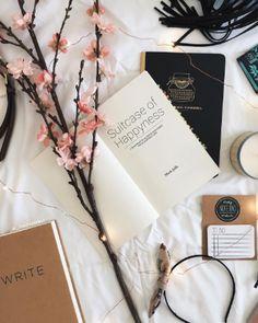 Suitcase of Happyness — #Blog #Happiness #Mindfulness #Reading #Author Write